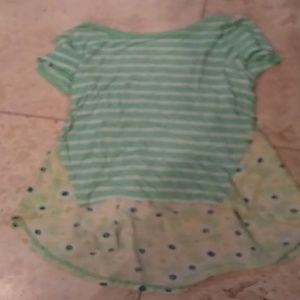 Cute green flowey flower shirt